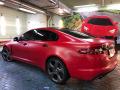 Красный  Jaguar на стиле!