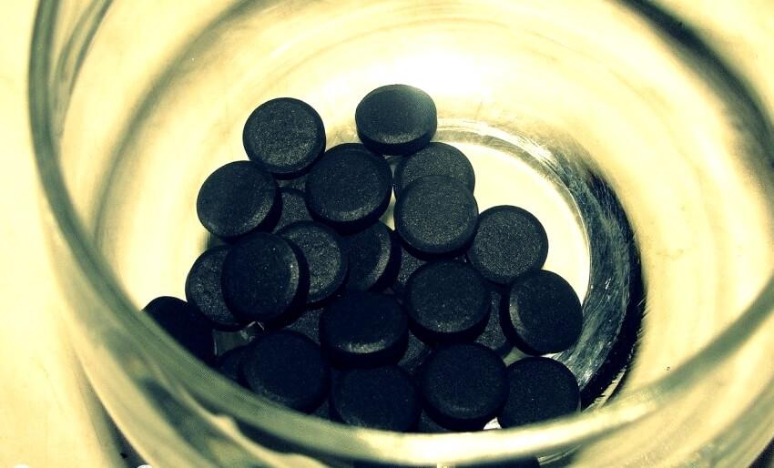 Как убрать запах табака из салона?